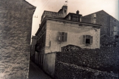 kuća-u-kojoj-je-Haračić-jedno-vrijeme-živio-danas-zgrada-Odgojnog-doma-u-Zagrebačkoj-ulici